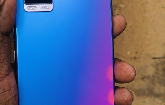 Vivo V20 for sale – 6 months warranty Available